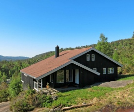 Holiday Home Fjellro (SOW073)