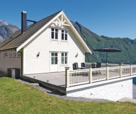 Four-Bedroom Holiday Home in Sabo
