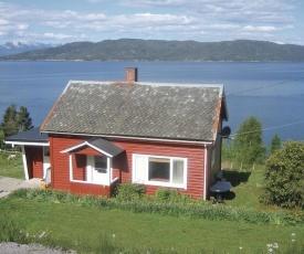 Holiday home Vågstranda Pålgjerde