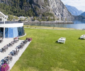 Valldal Fjordhotell - by Classic Norway Hotels