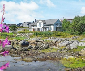Holiday home Ballstad