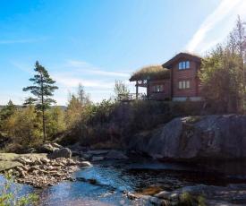 Holiday Home Vinterro (SOW047)