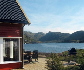 Two-Bedroom Holiday home in Bøstad