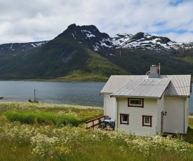 Two-Bedroom Holiday home in Laupstad 2