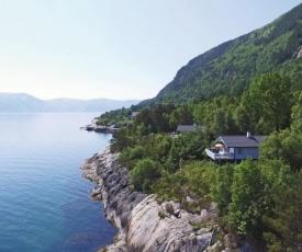 Holiday home Lavik Hellebø Hytter Nr.