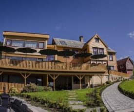 Lavik Fjord Hotell