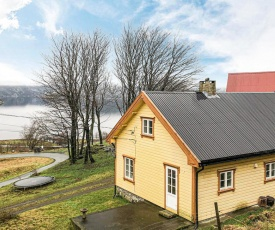 Nice home in Farsund w/ WiFi and 2 Bedrooms