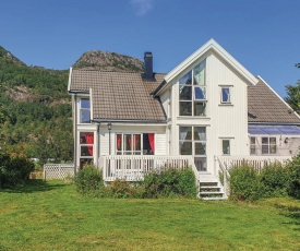 Nice home in Farsund w/ WiFi and 5 Bedrooms
