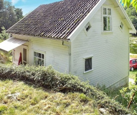 Two-Bedroom Holiday home in Farsund 5