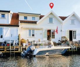 Two-Bedroom Holiday Home in Flekkeroy