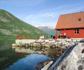 Holiday Home Ørnehytta (FJS005)