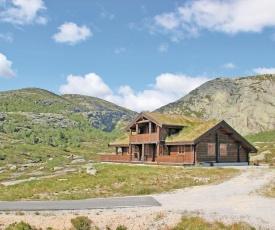 Holiday home Kvinavegen hyttefelt K-908