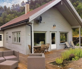 Four-Bedroom Holiday Home in Hebnes