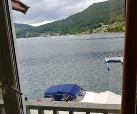 Nedre Amla Fjord Apartment