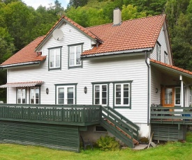 Holiday home LONEVÅG