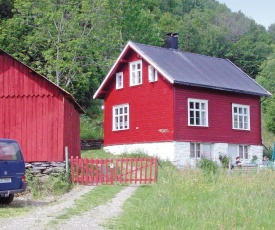 Holiday home Luster Bringebøen, Dalsdalen
