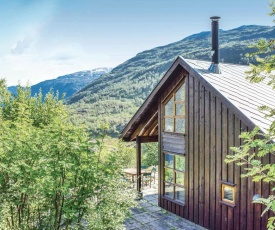 Four-Bedroom Holiday Home in Roldal