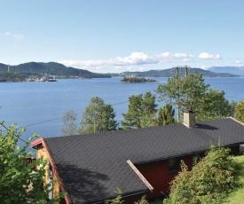 Three-Bedroom Holiday Home in Sandvoll