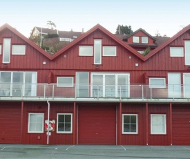 Three-Bedroom Apartment in Lindesnes