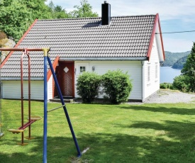 Four-Bedroom Holiday Home in Lyngdal