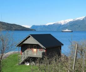 Holiday Home Hardangerrorbu (FJH411)