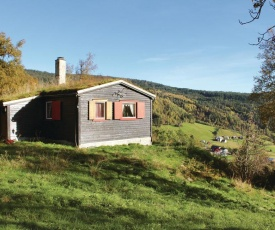 Three-Bedroom Holiday Home in Voss