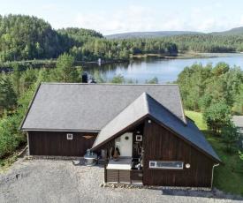 Holiday Home Vågsdalsfjordperlen (SOO038)