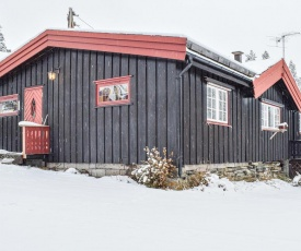 Beautiful home in Espedalen w/ WiFi and 2 Bedrooms