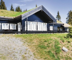Five-Bedroom Holiday Home in Lillehammer