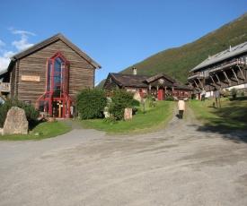 Fossheim Steinsenter- Solhell Cabin