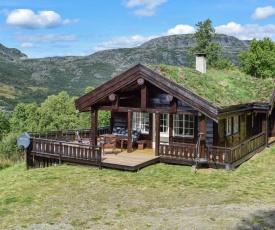 Amazing home in Tyinkrysset w/ 3 Bedrooms