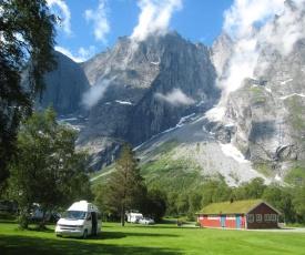Trollveggen Camping