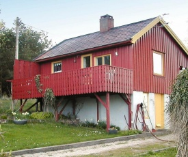 One-Bedroom Holiday home in Averøy 1